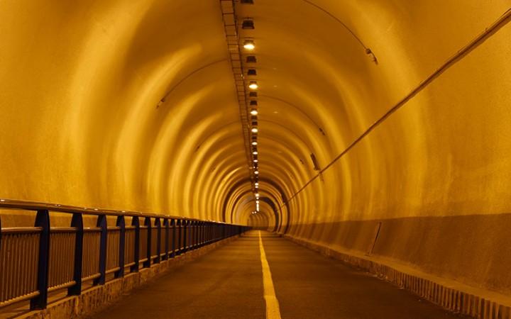 시공 터널